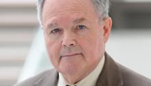 Dr. David Holcomb