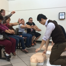 Medical students lead MassCPR training