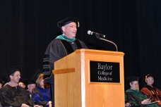 Dr. Klotman addresses graduates