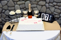 Carrie and Zach Baylor wedding cake