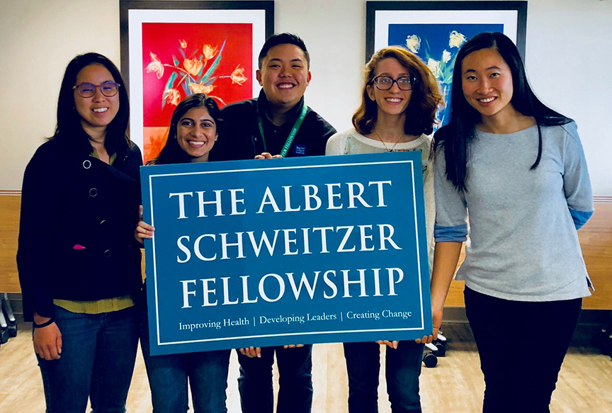 Baylor's Schweitzer Fellows make difference in community
